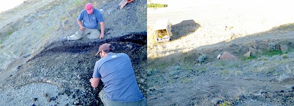 Deux hommes assis sur le sol en train d'enlever des des roches du moule qui se trouve entre eux.