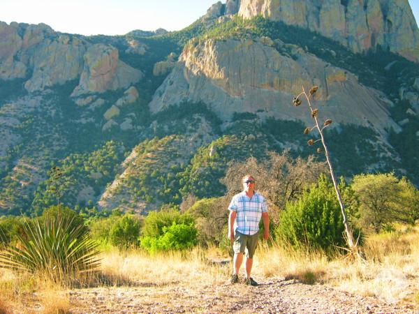 Stuart Baatnes en plein désert de l'Arizona.