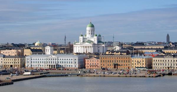 La ville de Helsinki et la cathédrale luthérienne.