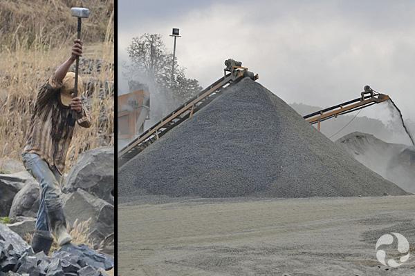 Collage de photos : Un homme tenant une masse s'apprête à frapper une des nombreuses pierres amoncelées à côté de lui. Deux concasseurs de pierres au-dessus de montagnes de roches.