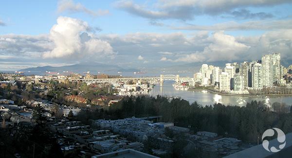 Vue de Vancouver et de False Creek.