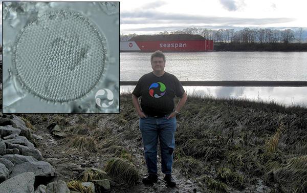 Collage : Un homme devant une rivière glacée et une diatomée.