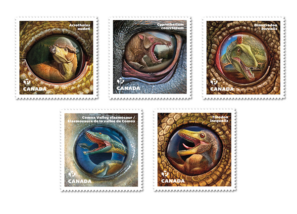 Une collection de cinq timbres.